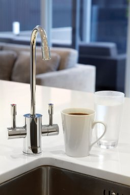 Schwan SC60ECH - Boiling and Ambient Filtered Water on Tap - Chrome