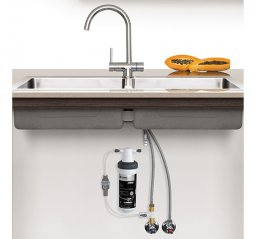 Quick Twist Undersink Water Filter using Ultra Z Filtration Technology with Tripla T4 LED Mixer Tap